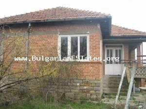 House for sale located at the small adorable village of Padarevo in Bourgas region.