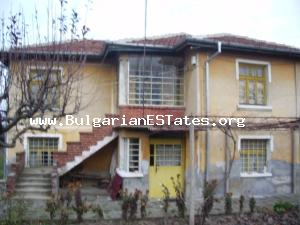 Typical Bulgarian rural house for sale located at the adorable village of Mudrets.