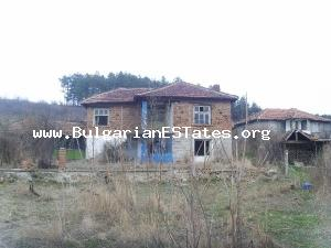 Cheap Bulgarian rural property for sale located at a calm and an attractive region.