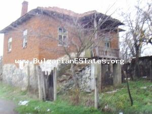 Two-storey house for sale on a low price only 55 km away from the city of Bourgas.