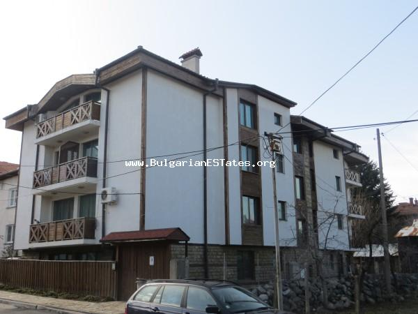 Sale of a large, fully furnished apartment in Bansko for 18,999 Euros.