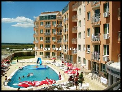 "For sale is partially furnished studio apartment in the ""Black Sea"" сomplex, Sunny Beach. The area of the studio is 65.86 sq. m., it is located on the first floor."