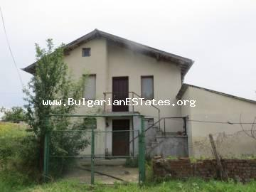Two-storey house is for sale in the village of Trastikovo, in 18 km from Burgas.