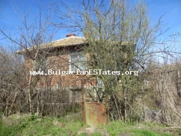 An affordable house is for sale in the village of Livada, 25 km drive from the city of Bourgas and the sea.