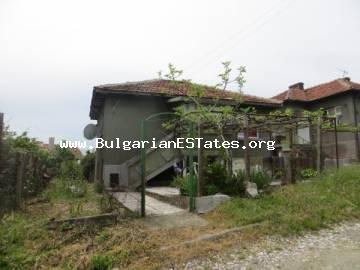 We offer a house for sale in the village of Gramatikovo, only 30 km from the sea and the town of Tsarevo.