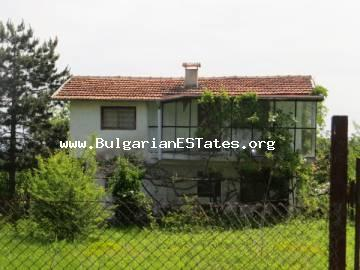 We offer for sale a two-storey brick house with an incredible view just 35 km from the city of Bourgas and the sea.