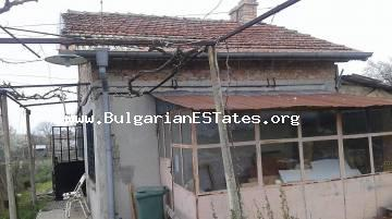 Very cheap house for sale in the village of Dimchevo, only 8 km from Burgas and the sea.