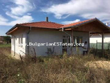 Urgent sale! Discounted price! One-storey new house is offered for sale at a bargain price in the picturesque village of Marinka, only 10 km from the biggest city on the southern Black Sea coast – Bourgas, and 5 km from the sea (beach).