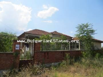 TOP PROPOSAL!!!! Extremely affordable house for sale in the village of Karavelovo, 18 km from the town of Elhovo and 110 km to the town of Burgas and the sea.