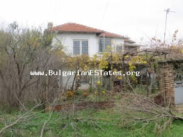 House is offered for sale in the village of Asparukhovo, 27 km from the city of Bourgas and the sea.