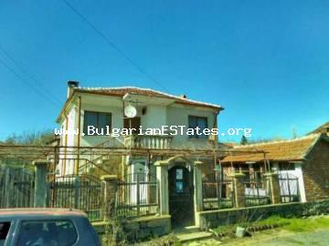 Two-storey house for sale in the village of Momina Tsarkva, municipality of Sredets, 55 km from the city of Bourgas.