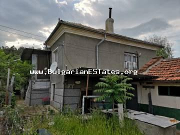 For sale is a two-storey house in the village of Malomir, just 20 km from the town of Yambol and 120 km from the city of Burgas.