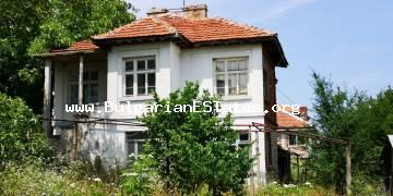 Two-storey house for sale in the village of Krushevets, only 25 km from the sea and 35 km from the city of Bourgas.