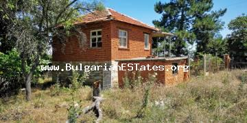 Affordable house with a large yard is for sale in the village of Zornitsa only 50 km from the city of Burgas and the sea.