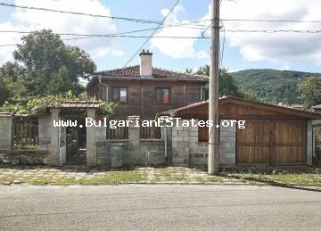 We offer for sale an authentic, renovated house in the town of Malko Tarnovo, 35 km from the town of Tsarevo and the sea.