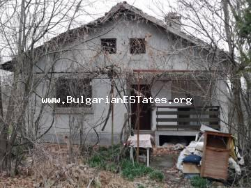 Affordable one-storey house is for sale in the village of Dulevo, just 25 km from the city of Burgas and the sea.