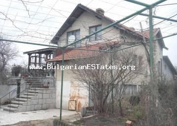 For sale is a massive three-storey house in the town of Kableshkovo, 20 km away from the city of Bourgas.