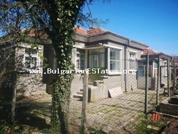 Charming detached house is for sale in the village of Lozarevo, 70 km from the city of Burgas, 20 km from the Kamchia dam with a spectacular view of the Balkan Mountains.