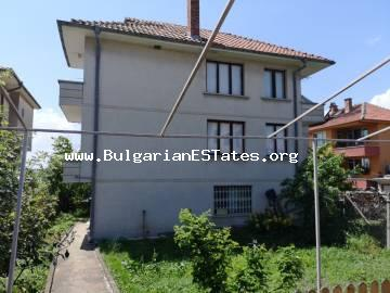 For sale is three-storey house in the town of Aheloy, 800 meters from the sea.