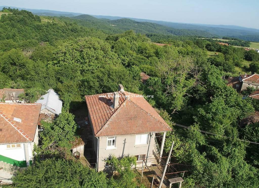 Two-storey brick house for sale in the picturesque village of Gramatikovo just 35 km from the sea and the town of Tsarevo.