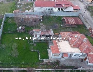 One-storey house is for sale in Rudnik district, the city of Burgas, just 9 km from the sea.