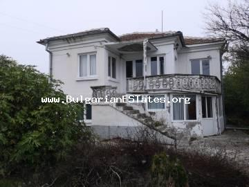 TOP OFFER!!! A two-storey house is for sale in the village of Malomir, 25 km from the city of Yambol and 100 km from Burgas!!!