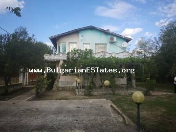 For sale is a two-storey house in the village of Livada, just 20 km from the regional city of Burgas and the sea.