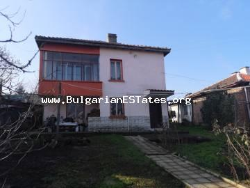 We offer for sale a solid two-storey house in the town of Sredets, just 25 km from Burgas and the sea.