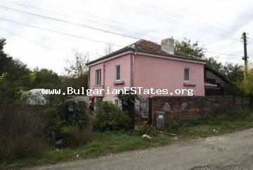 For sale is a two-level house for living all year round in the village of Dyulevo, 25 km from the city of Burgas and the sea.
